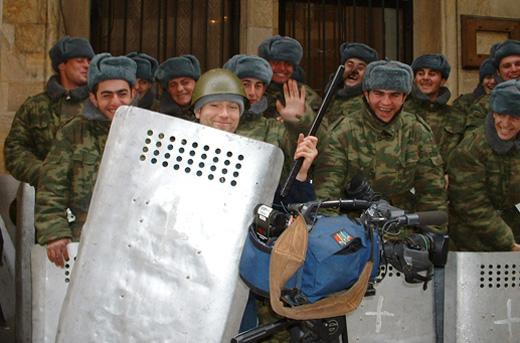 Tbilisi, BBC 2003, am Tag vor der Rosenrevolution